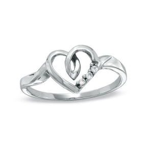 Heart Shaped Engagement Ring 3