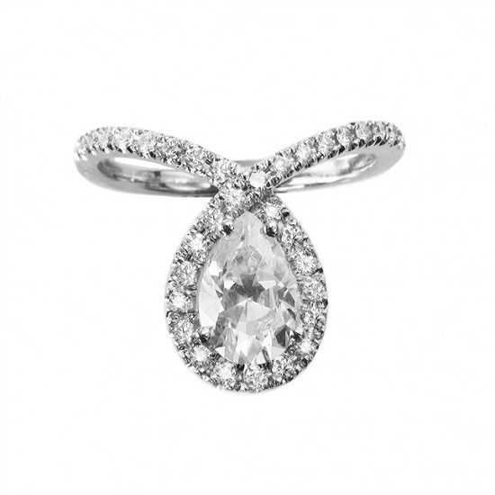 pear-cut-engagement-ring-tear-drop