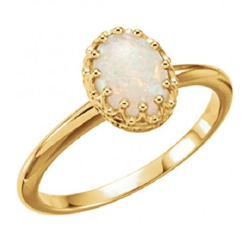 Dazzling Yellow Gold Engagement Rings - Oval Opal