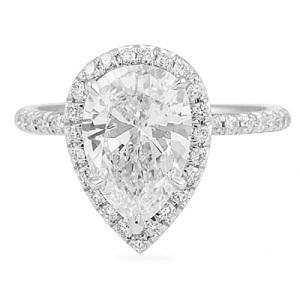 Exquisite Platinum Engagement Rings - Pear