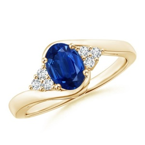 Incredible Oval Engagement Rings to Inspire - Sapphire Twist