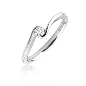 Tantalising Twisted Band Engagement Rings to Inspire - Minimal Twist
