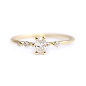 Get Inspired by These Delicate Engagement Rings - Oval Asymmetric