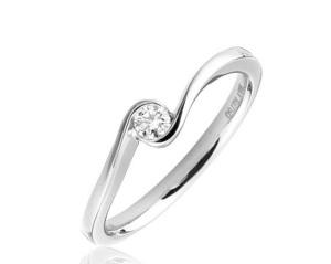Beautiful Bezel Engagement Rings - Twisted Band