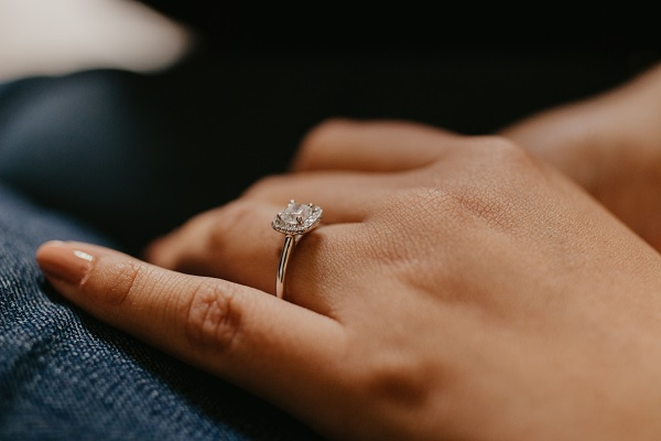 How Does the Mohs Scale Work for Engagement Rings?